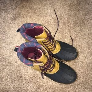 TOMMY HILFIGER duck boots